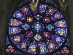 ノートルダム大聖堂のステンドグラス.jpg