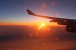 飛行機から夕日.jpg